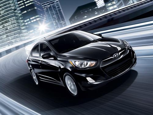 Hyundai Accent фото 1