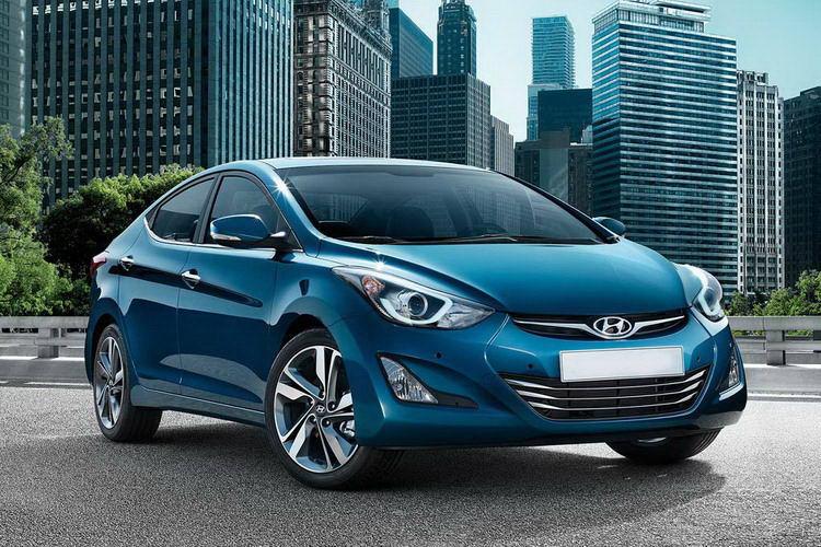 Hyundai Elantra недорогой автомобиль