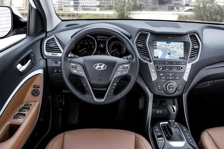 Hyundai Santa Fe 2012-2021 в Крыму без водителя, фото 9