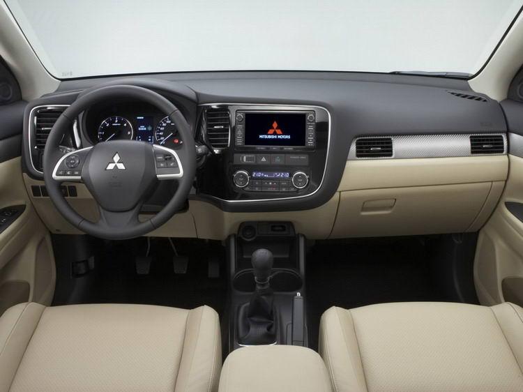 Аренда Mitsubishi Outlander