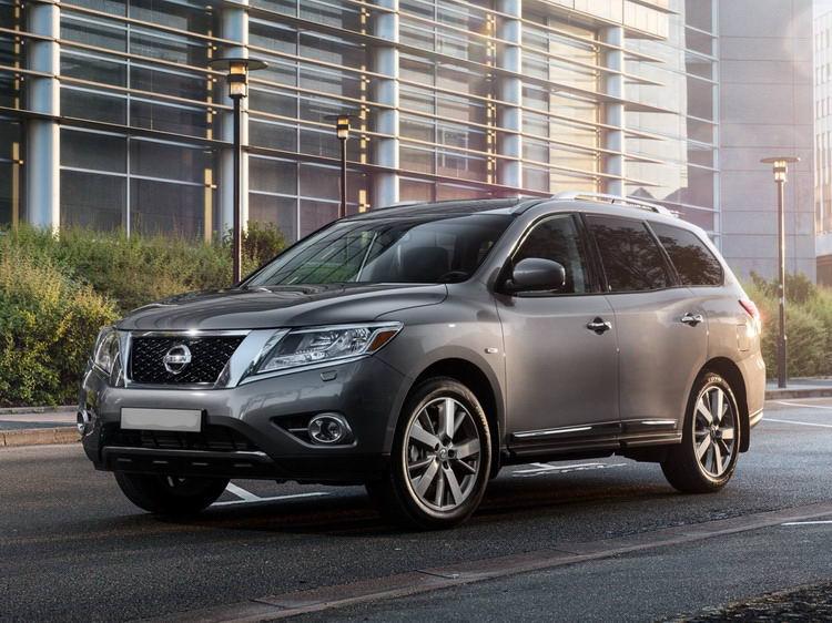 Внедорожник Nissan Pathfinder в прокат без водителя