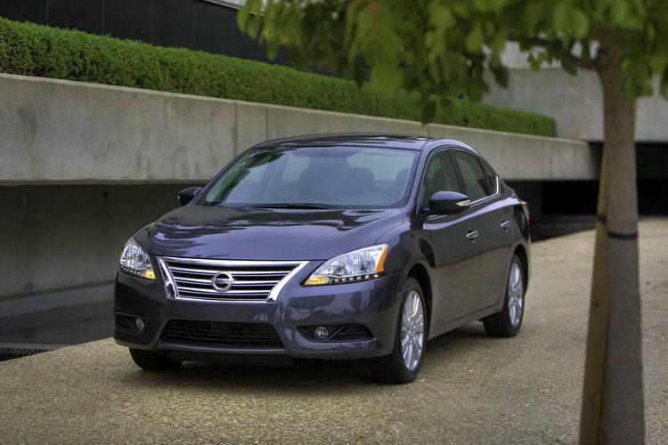 Nissan Sentra фото 4