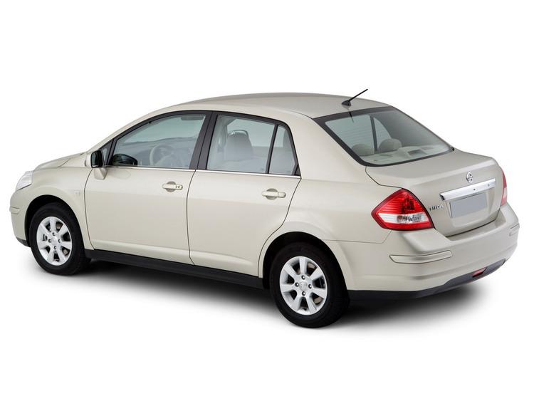 Nissan Tiida фото 4