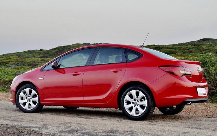 Opel Astra (Опель) в Крыму без водителя, фото 7