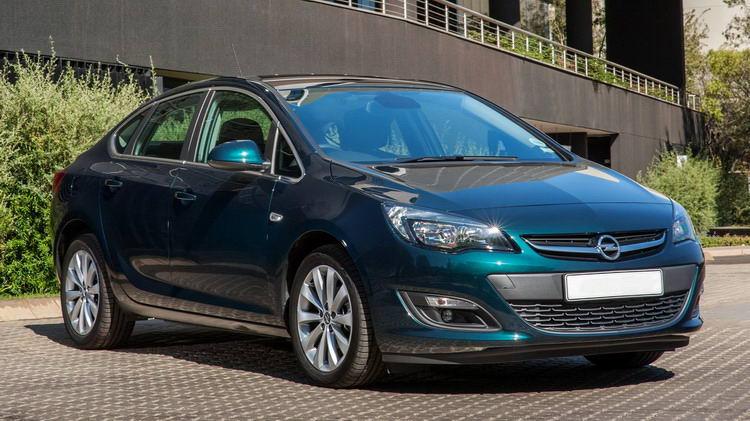 Opel Astra (Опель) в Крыму без водителя, фото 9
