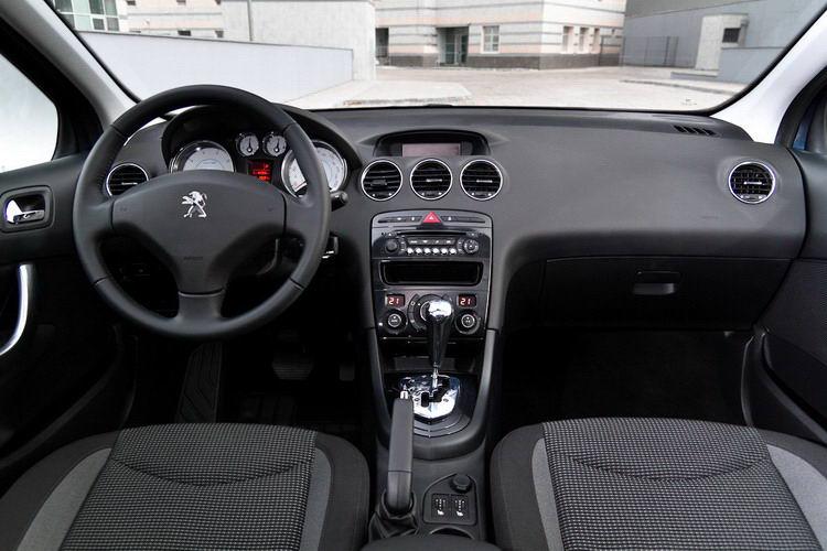 Peugeot 408 аренда дешево фото 3