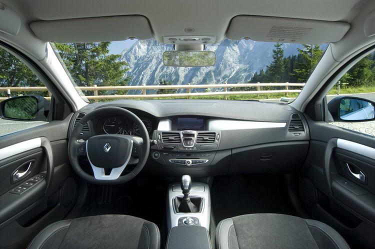 Аренда Renault Laguna
