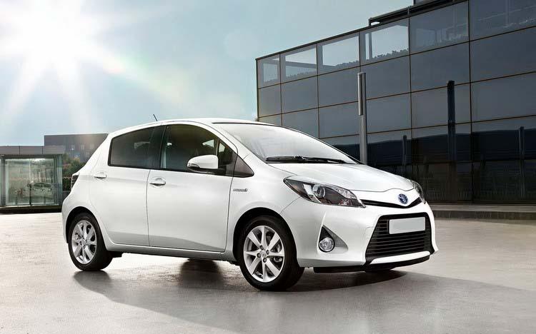 Прокат Toyota Yaris в Крыму