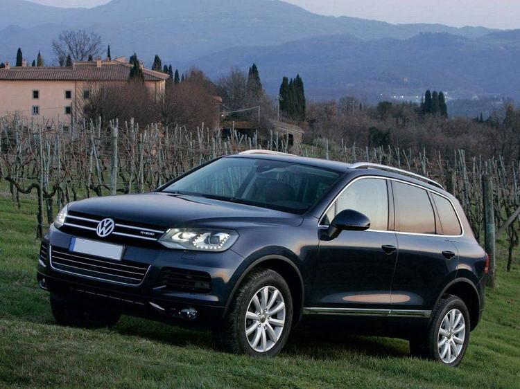 Аренда джипа VW Touareg в Крыму без водителя, фото 3