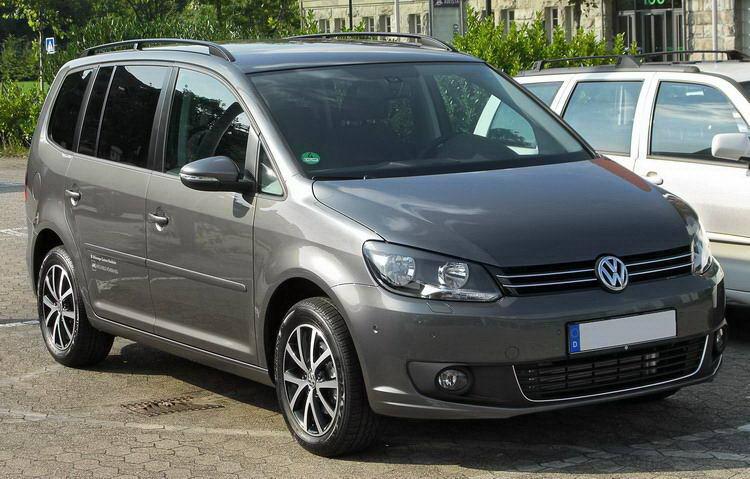VW Touran фото 2