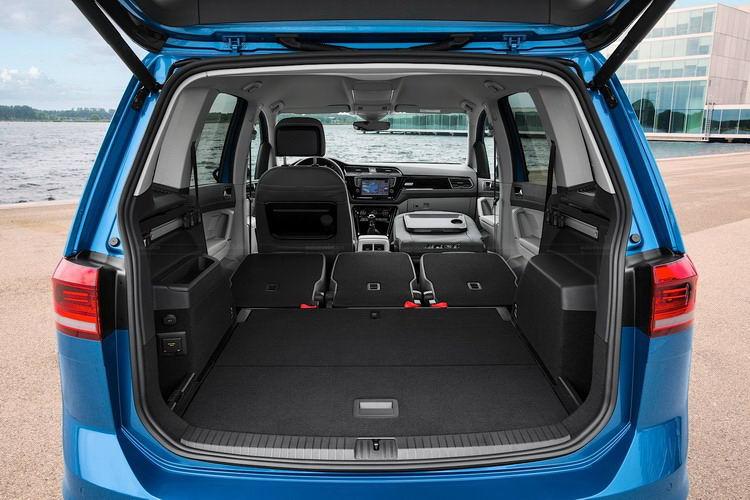 VW Touran фото 5
