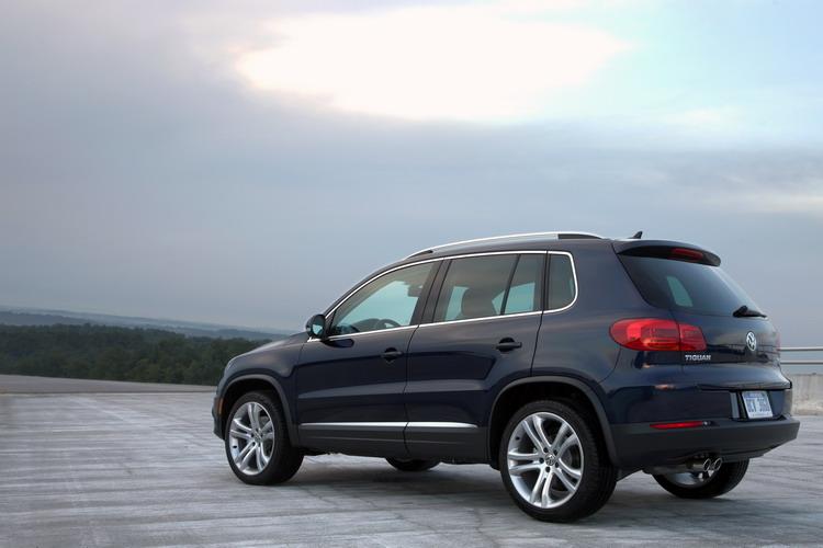 VW Tiguan 2018-2021 в Крыму без водителя, фото 7
