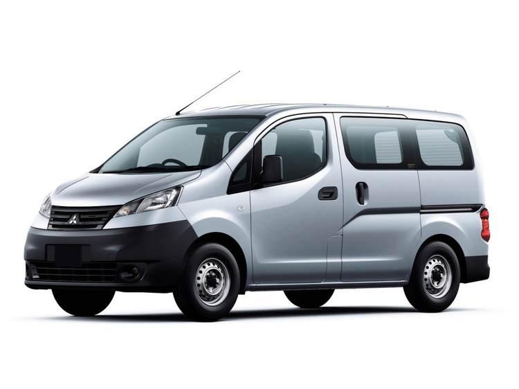 Mitsubishi Delica фото 2