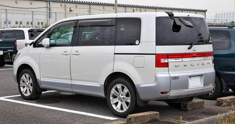 Прокат Mitsubishi Delica