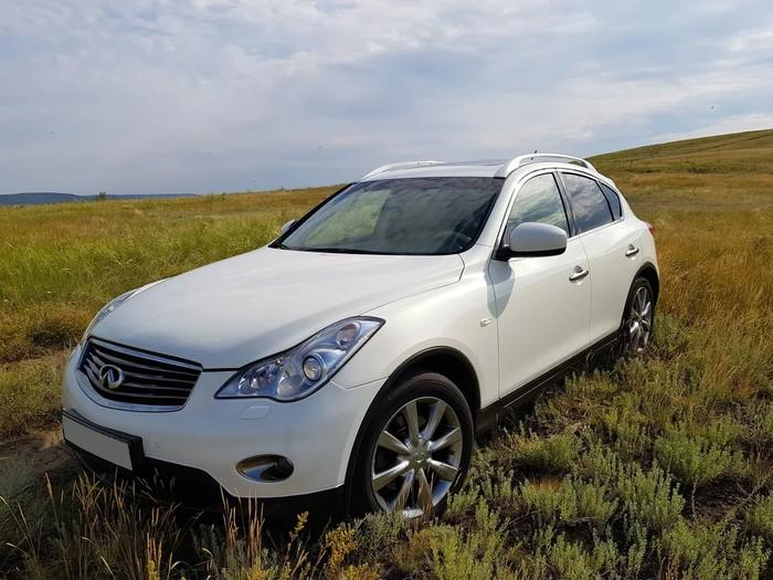 Infiniti EX 25 в Крыму без водителя, фото 5