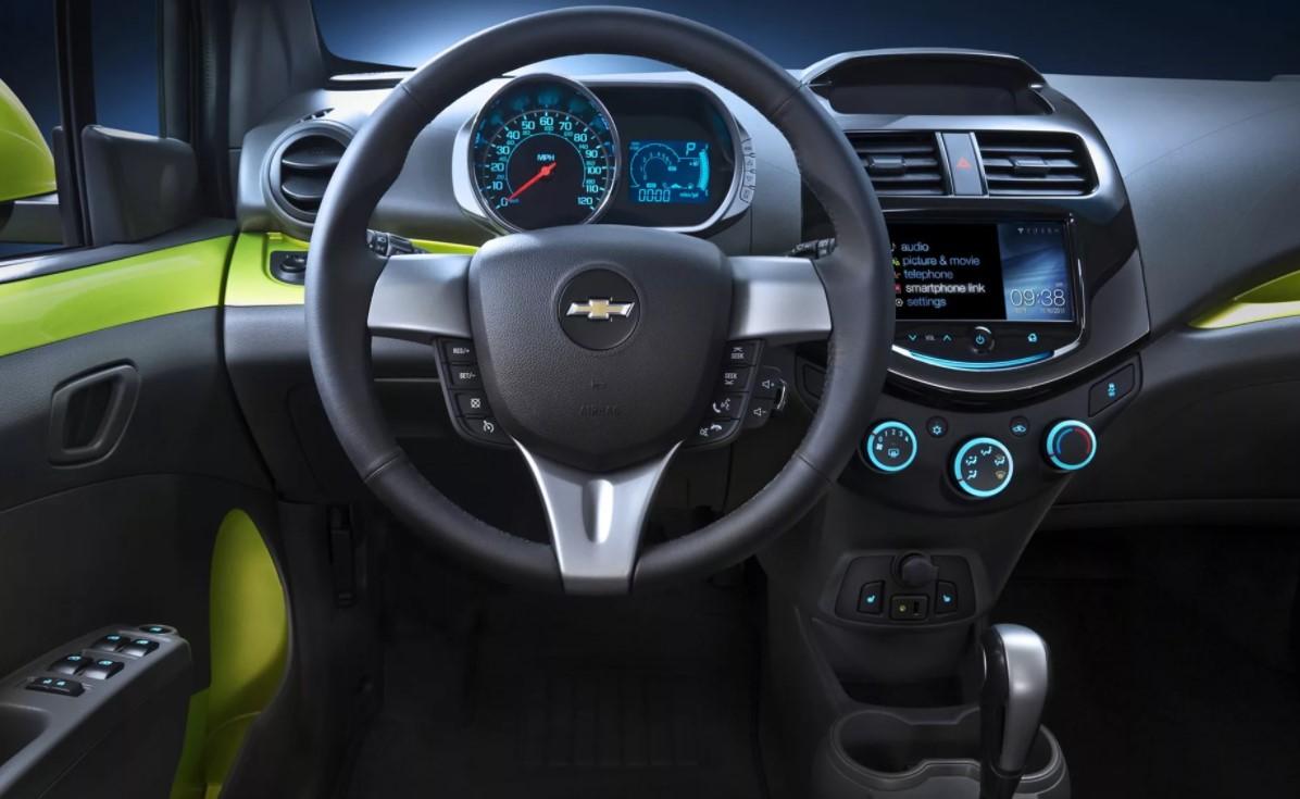 Chevrolet Spark в Крыму без водителя, фото 11
