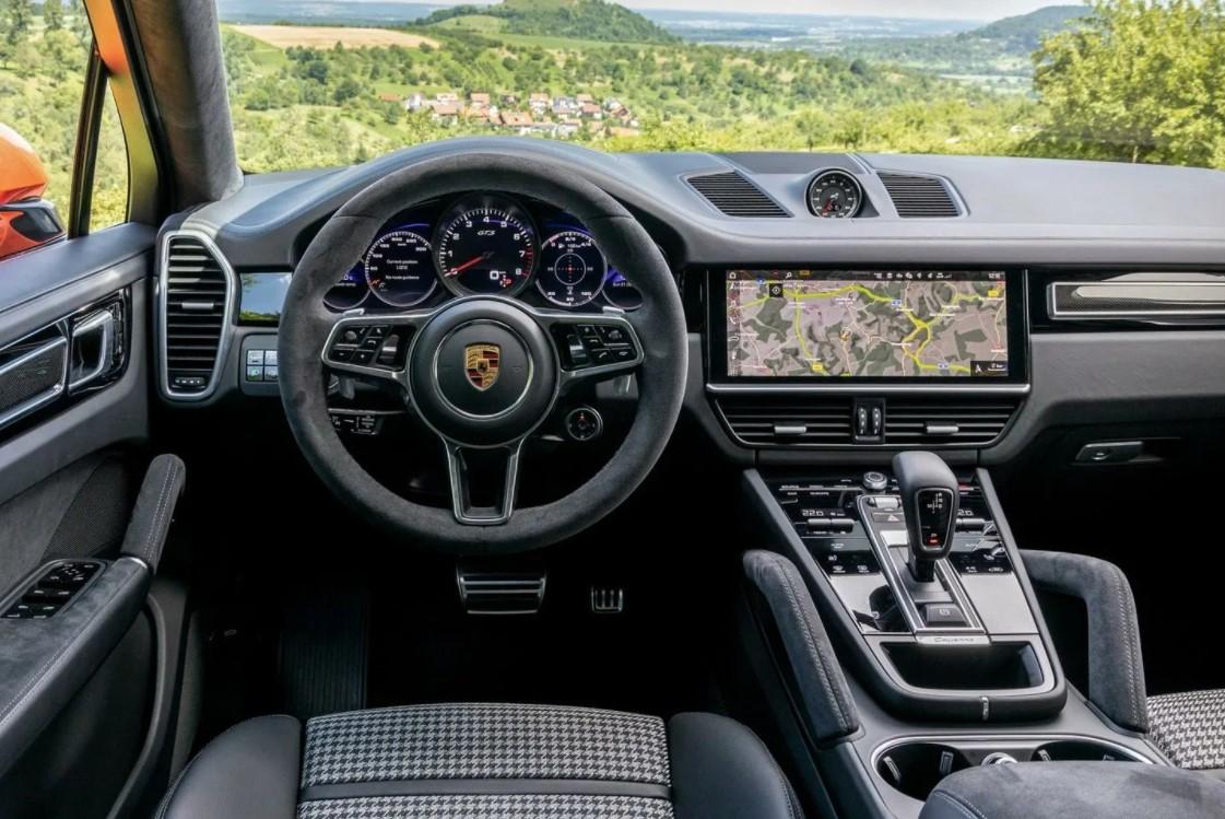 Porsche Cayenne GTS в Крыму без водителя, фото 13