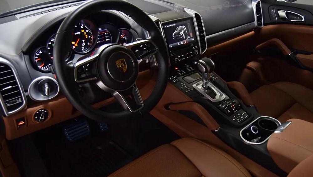Porsche Cayenne GTS в Крыму без водителя, фото 11